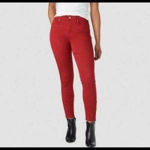 Red Levi's Denizen. High Rise Ankle Skinny 16- W33